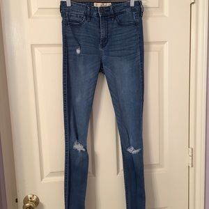 Hollister Super Skinny Highrise jeans